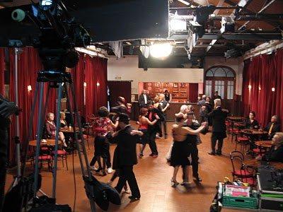"<span  class=""uc_style_uc_tiles_grid_image_elementor_uc_items_attribute_title"" style=""color:#ffffff;"">Ana Paula Rocha - Cinema - A morte de Carlos Gardel - 2010 - 002</span>"