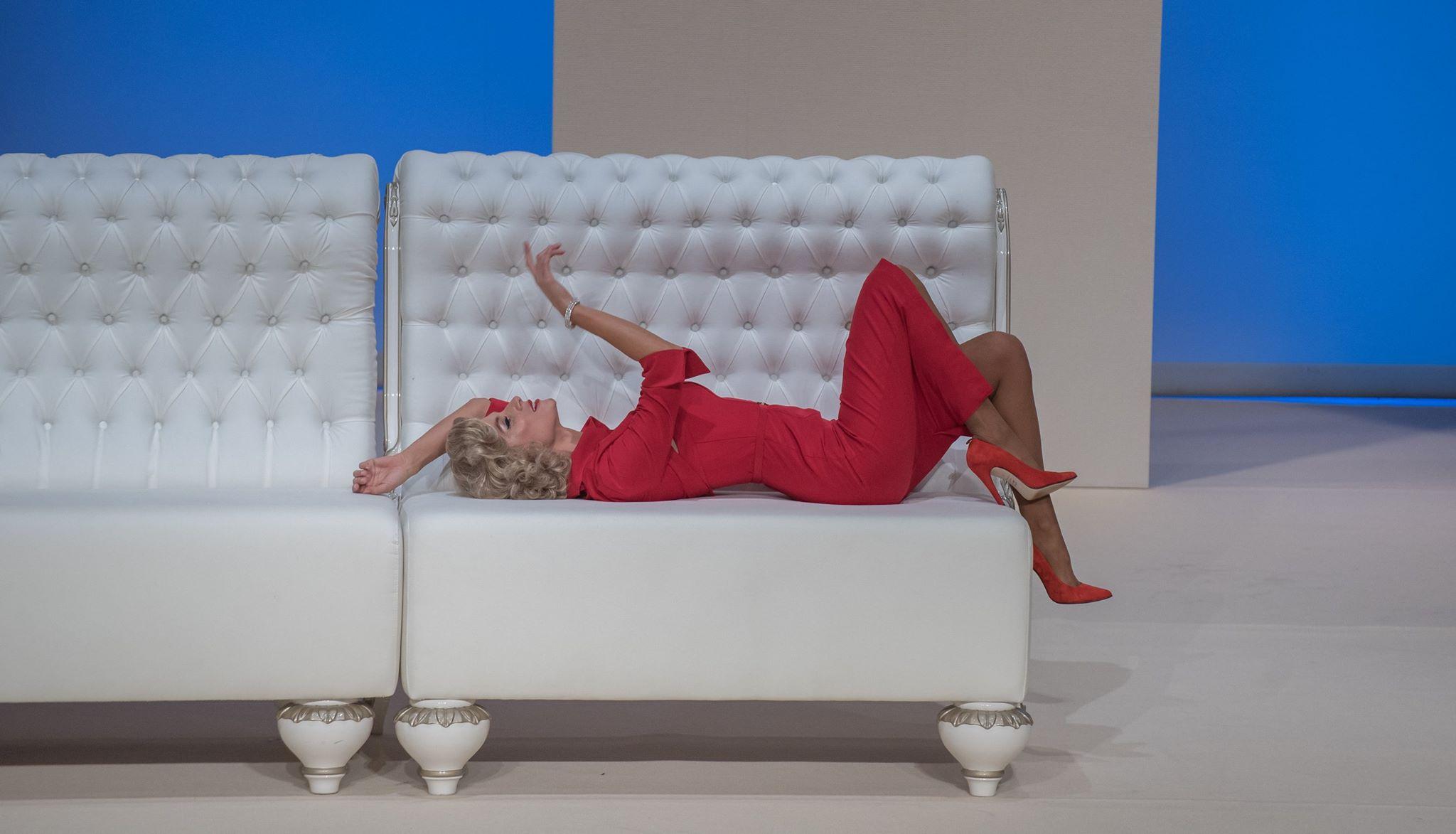"<span  class=""uc_style_uc_tiles_grid_image_elementor_uc_items_attribute_title"" style=""color:#ffffff;"">Ana Paula Rocha - Teatro - A mãe biológica de Marylin Monroe - Outubro 2016 - 002</span>"