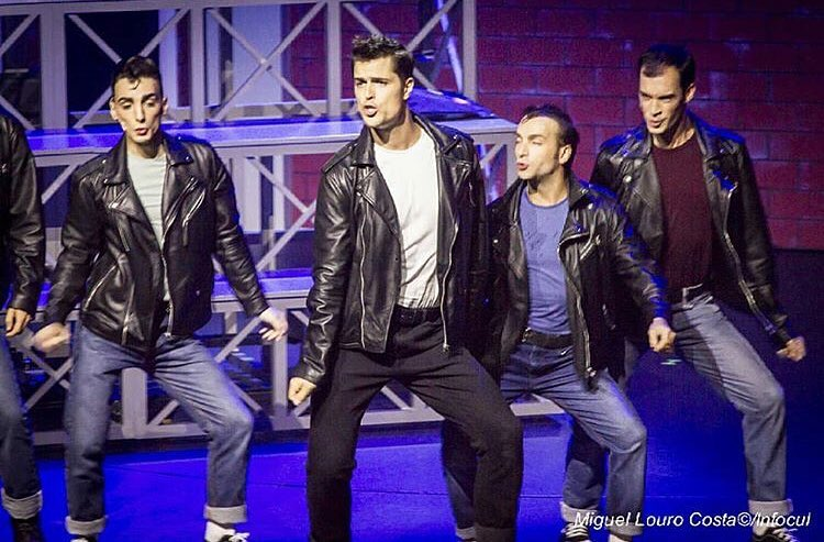 """<span  class=""""uc_style_uc_tiles_grid_image_elementor_uc_items_attribute_title"""" style=""""color:#ffffff;"""">Ana Paula Rocha - Teatro - Grease - Setembro 2018 - 003</span>"""